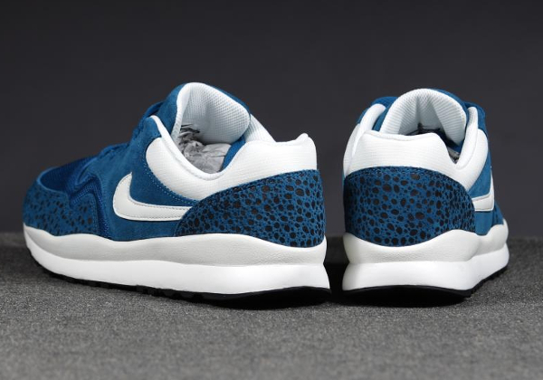 Nike Air Safari Leather Blue-2