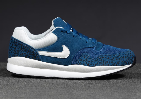 Nike Air Safari Leather Blue