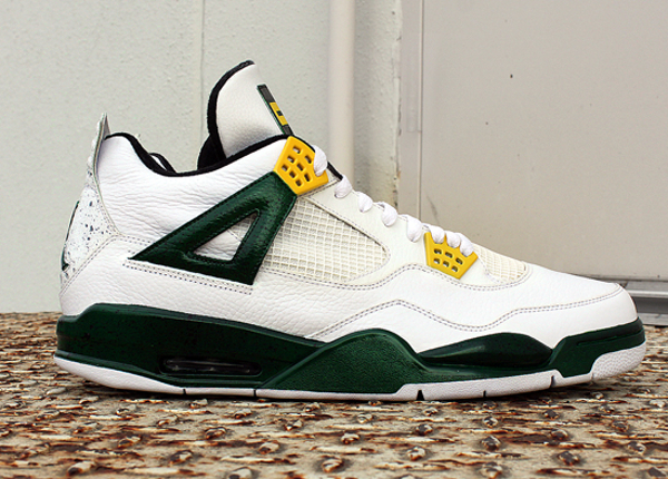 air-jordan-4-oregon-customisee (1)