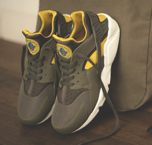 nike-air-huarache-size-army