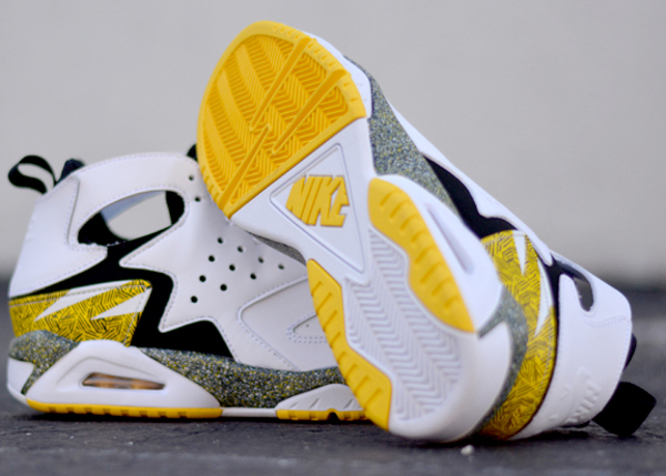 nike-air-tech-challenge-huarache-og-tour-yellow (4)