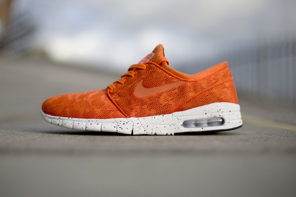 nike-stefan-janoski-max-orange