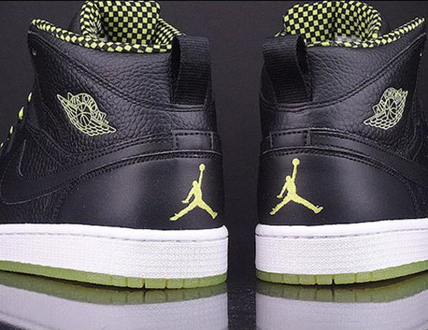 Air Jordan 1 Retro 94 Venom Green (5)