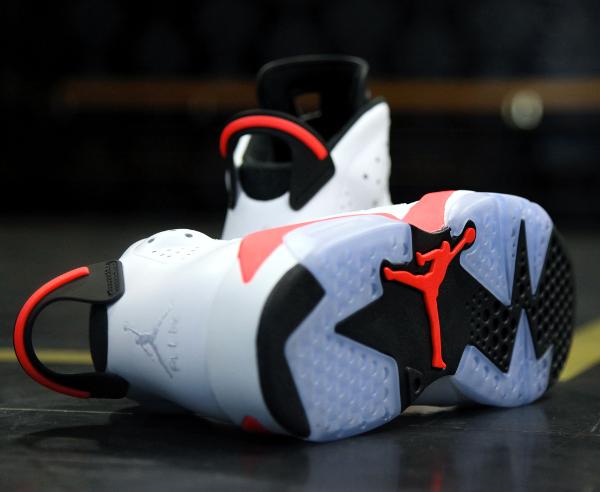 Air Jordan 6 White Infrared Retro 2014 (12)