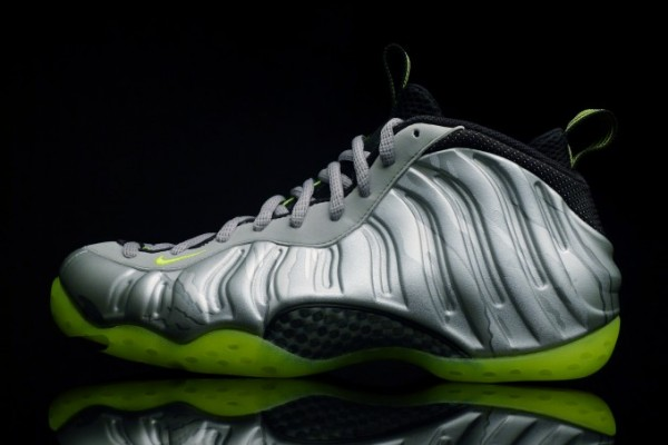 Nike Air Foamposite One PRM Silver Lime