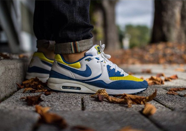 Nike Air Max Light Blue yellow - Heartxandxsole (2)