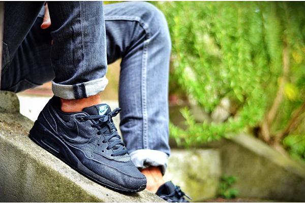 Nike Air Max Light JD Sports Exclusive Black Denim - Yawnone