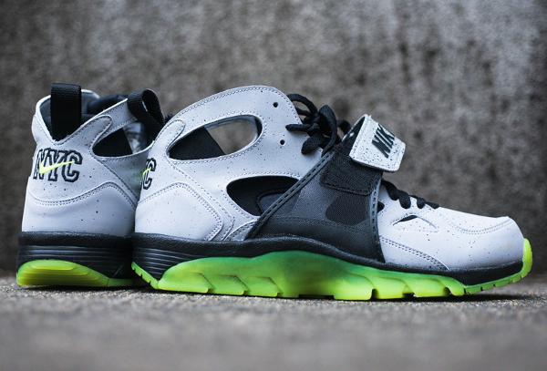 Nike Air Trainer Huarache Premium NYC Cement City Quickstrike (8)