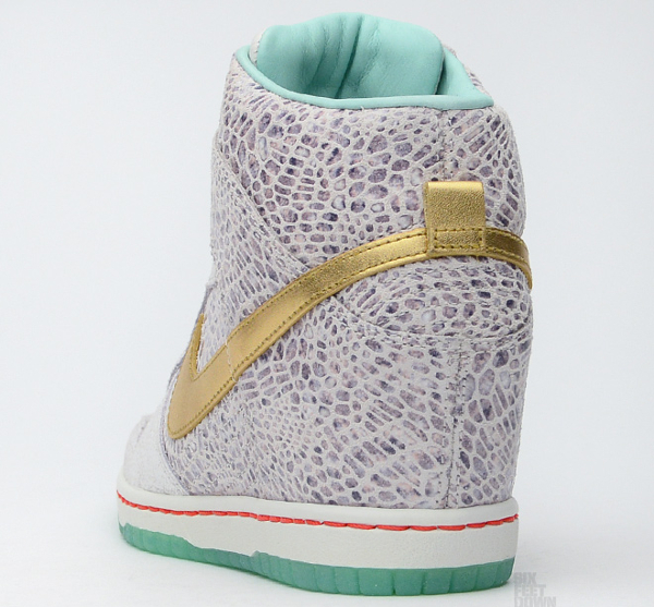 Nike Dunk Sky High Year Of The Horse (10)