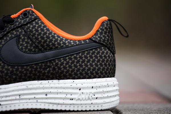 Nike Lunar Force 1 x Undefated (1)