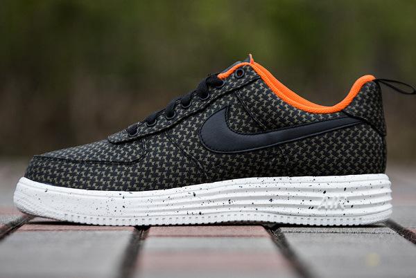 Nike Lunar Force 1 x Undefated (6)