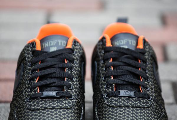 Nike Lunar Force 1 x Undefated (7)