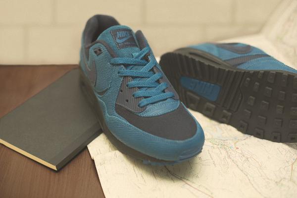 Nike x size Army (2)