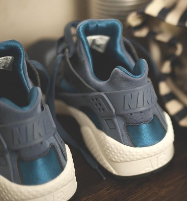 Nike x size Army (3)