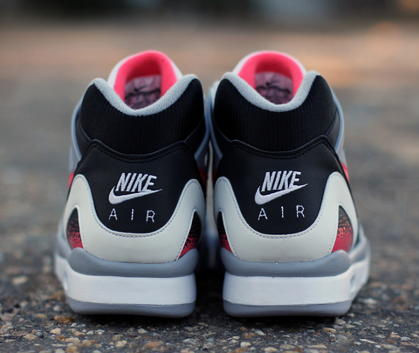 detailed look ea38a c79ba nike-air-tech-challenge-2-hot-lava-4