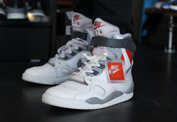 quality design b50c6 fc1da Nike Air Pressure - TheSYNDICATE