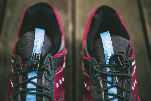 Saucony Grid 9000 Red Charcoal (6)