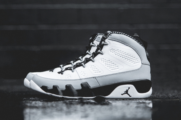 Air Jordan 9 Retro Barons (1)