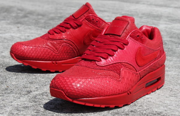 best sneakers 6e8ce 71f61 ... Nike Air Max 1 customisee crocodile et python