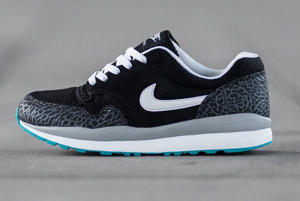 Nike Air Safari Black White Cool Grey