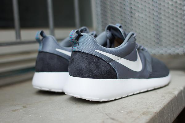Nike Roshe Run Bleu Et Gris