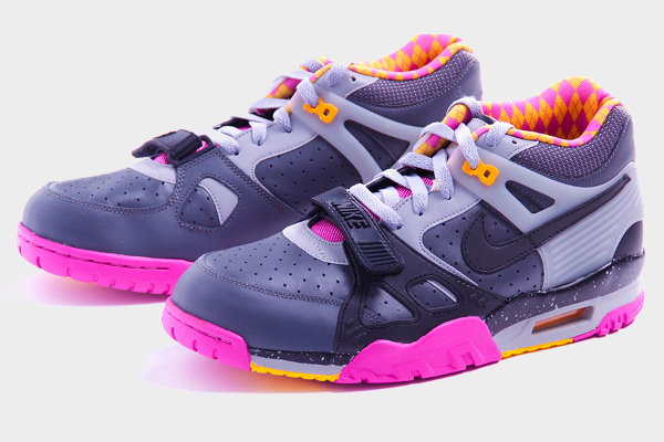 nike-air-trainer-iii-bo-knows-horse-racing