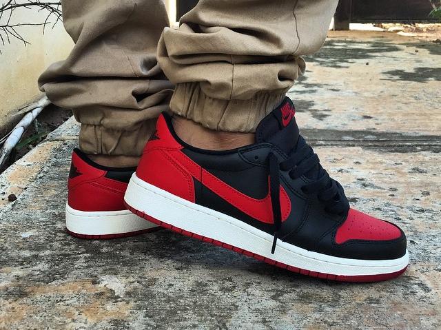 Air Jordan 1 Retro Low Chicago - @el_blaky_