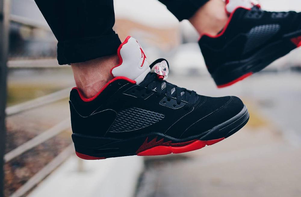 Air Jordan 5 Retro Low Alternate - @hustla