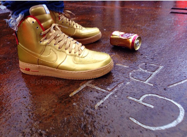 buy online a980a 01519 Nike Air Force 1 High ID Gold - Johngeiger