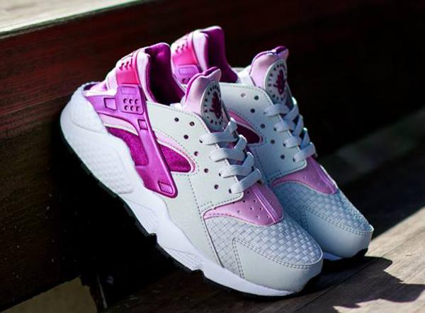 Nike Air Huarache Light base Grey Artic Pink (4)
