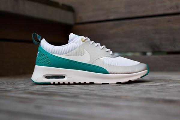 Nike Air Max Thea Metallic Silver White Tribe Green  (2)