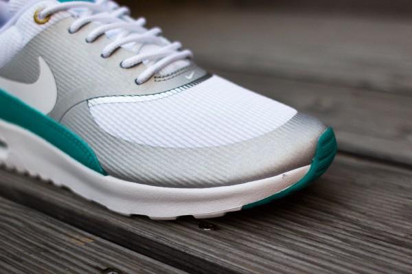 Nike Air Max Thea Metallic Silver White Tribe Green  (5)
