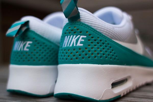 Nike Air Max Thea Metallic Silver White Tribe Green  (8)