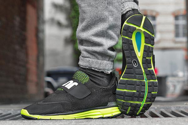 Nike Lunarfly 360 Black White Metallic Silver (1)