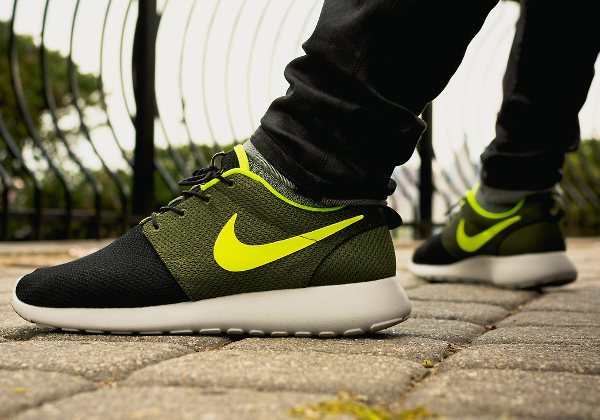 online retailer 4e831 e77d2 Nike Roshe Run ID Urban Volt - Vagrant-0-1