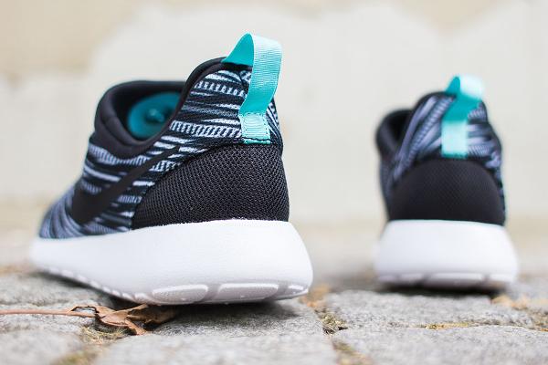 Nike Roshe Run Slip On GPX Black White (5)