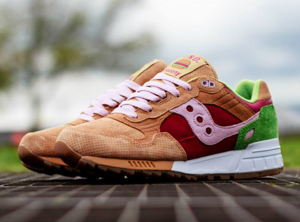Saucony Shadow 5000 x End Clothing Burger   (0)