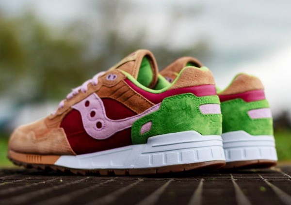 Saucony Shadow 5000 x End Clothing Burger   (1)