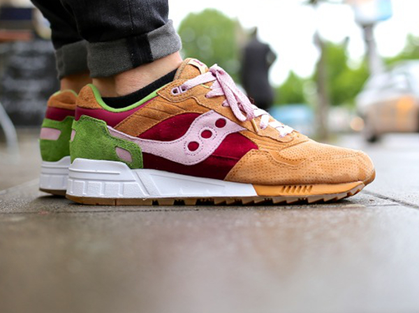 Saucony Shadow 5000 x End Clothing Burger (12)