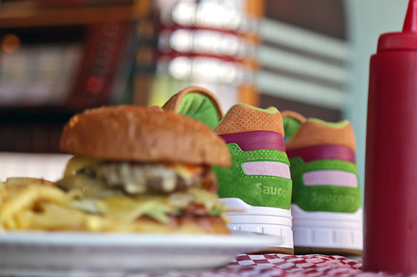 Saucony Shadow 5000 x End Clothing Burger (2)