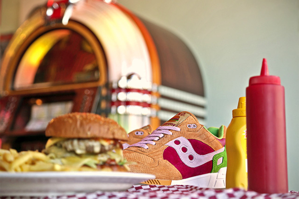 Saucony Shadow 5000 x End Clothing Burger (3)