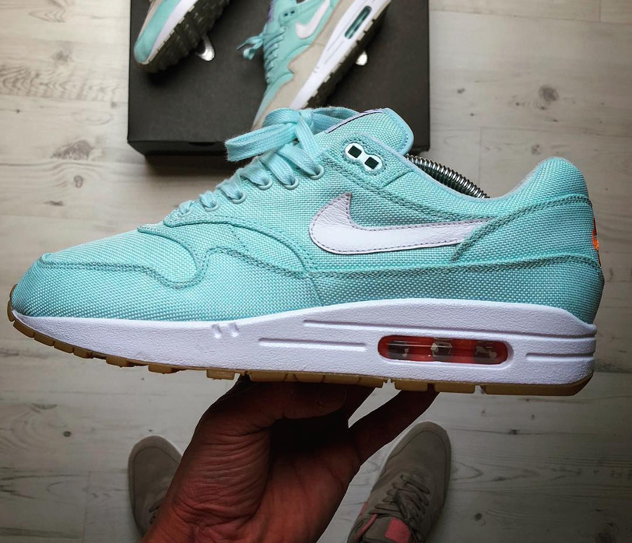 nike-air-max-1-id-glacier-blue- @rock.dont.stock
