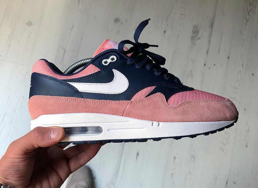 nike-air-max-1-id-salmon-toe- @rock.dont.stock