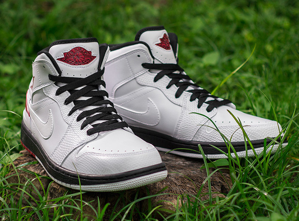 Air Jordan 1 Retro 86 White Gym Red  (1)
