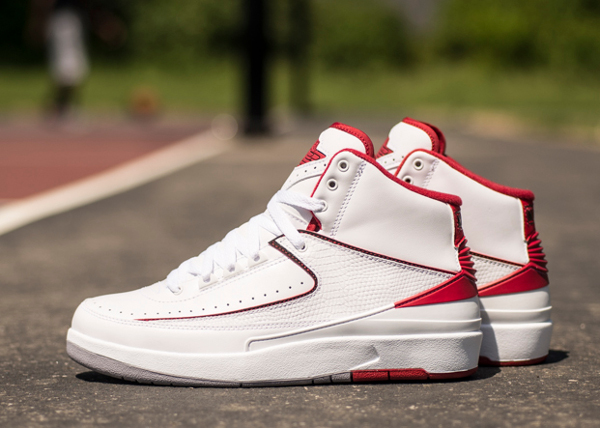Air Jordan 2 Retro White Red 2014 (3)