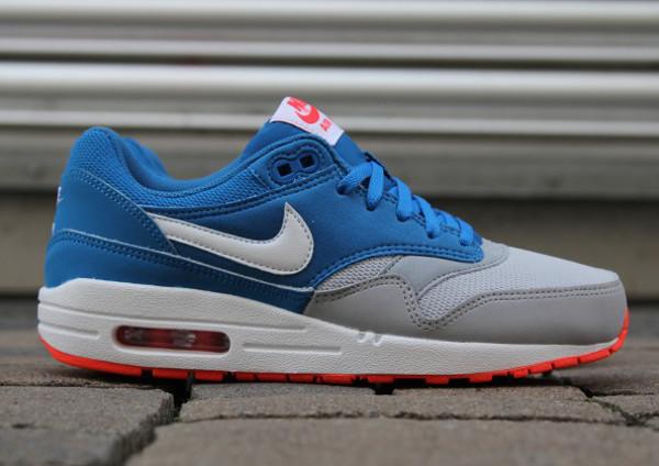 Nike Air Max 1 Military Blue Wolf Grey (2)