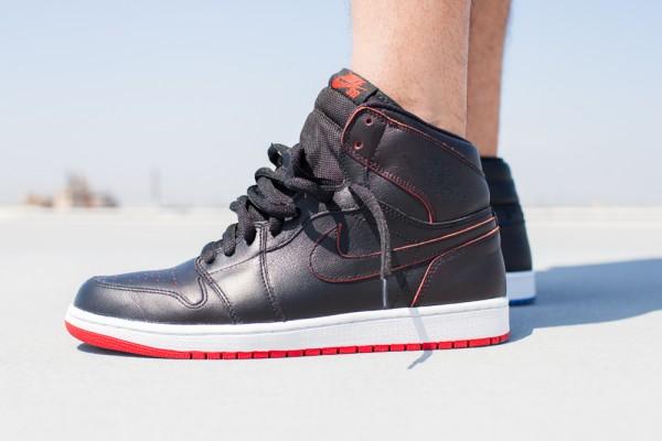Nike SB Jordan 1 x Lance Mountain aux pieds (2)