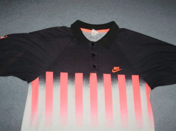 Polo Nike Agassi Hot Lava (1)