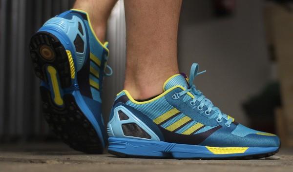 Adidas ZX Flux Weave OG 'Aqua' aux pieds (4)