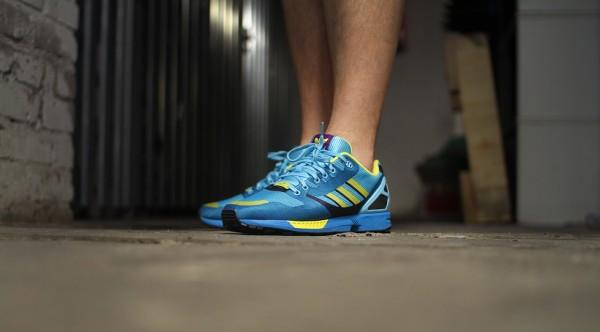 Adidas ZX Flux Weave OG 'Aqua' aux pieds (5)